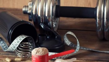 Mixing_Creatine_with_Whey_Protein